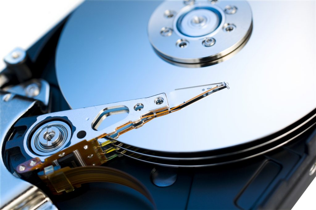 the importance of hdd to the electronics industry With new cheap devices, society has reaped tremendous benefits this explosive growth in the electronics industry, however, has led to a rapidly escalating issue of end-of-life (eol) electronics or e-waste.